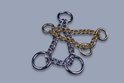 Triangle chains
